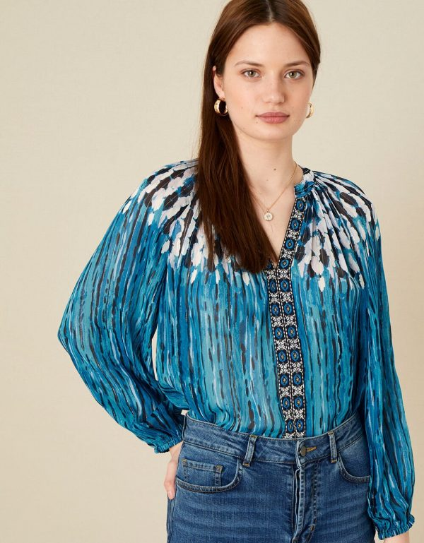 embellished top,
