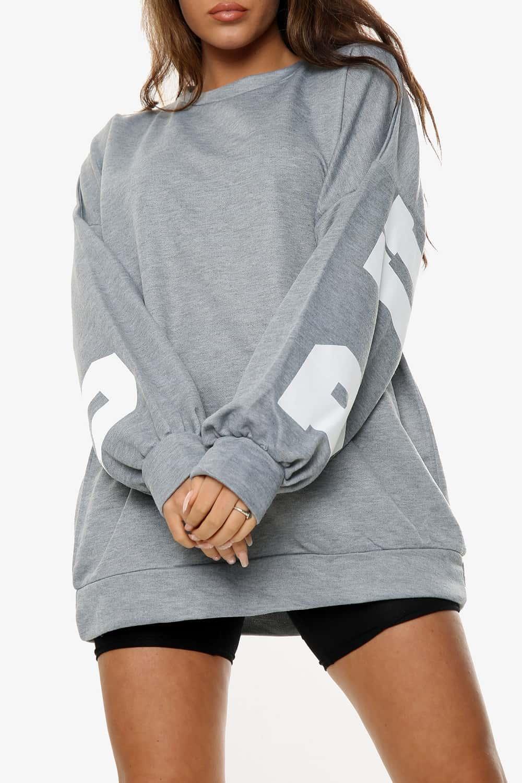 oversized sweatshirt,
